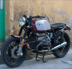 """2,031 Me gusta, 18 comentarios - BMW Motorrad (@bmwbikes) en Instagram: """"BMW R100 #bmwr100 #bmwclassic #bmwcustom #bmwcaferacer #bmwbikes #bmwmoto #bmwmotorcycles…"""""""