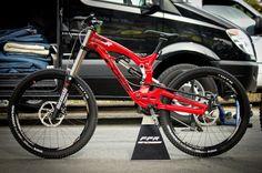 2015 Foes Racing FFR downhill mountain bike