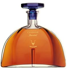 Chabasse Baccarat Cognac is a glowing tribute to beauty and refinement. Eaux-de-vie selected for their incomparable bouquet, finesse, and elegance, bestow exceptional character on this very old cognac. Wine And Liquor, Liquor Bottles, Wine And Beer, Perfume Bottles, Whisky, Cigars And Whiskey, Bar Drinks, Alcoholic Drinks, Peach Drinks