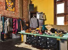 Retail Shoe Display Ideas | ... Reclaimed Home Building Materials as Visual Merchandising Displays