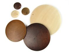 Wooden flat disc mix 15-60mm - love these shapes!