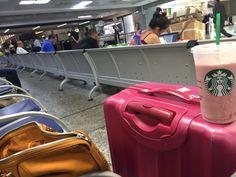 Geise arruda a mala...   #alexanderwangbag #airportstyle