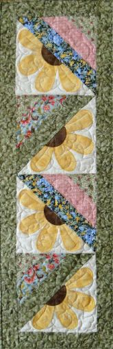 Instant Download Tipsy Sunflower Table Runner & Placemat Quilt Pattern PDF e-Pattern - pinned by pin4etsy.com