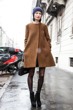 Love this winter look. although her legs must be cold