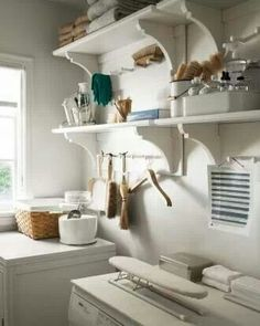 Love the shelf bracket