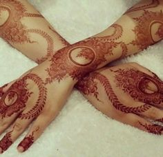 ✨ For More Stuff You can follow on Pinterest @Kubra Yousuf ✨ Full Mehndi Designs, Hena Designs, Finger Henna Designs, Arabic Henna Designs, Mehndi Design Pictures, Mehndi Images, Henna Tattoo Designs, Bridal Mehndi Designs, Mehendhi Designs