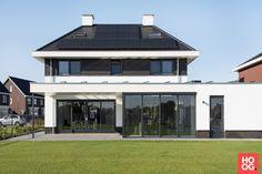 Future House, House Design, Mansions, House Styles, Outdoor Decor, Luxe Villa, Home Decor, Ibiza Style, Dream Houses
