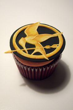 Hunger Games Cupcake