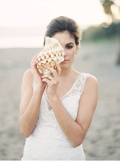 beach elopement, photo: Joseba Sandoval