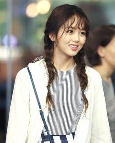 Kim So-hyun (김소현) - Picture @ HanCinema :: The Korean Movie and Drama Data. Child Actresses, Korean Actresses, Korean Actors, Korean Beauty, Asian Beauty, Kim So Hyun Fashion, Kim Sohyun, Cute Asian Fashion, Han Hyo Joo