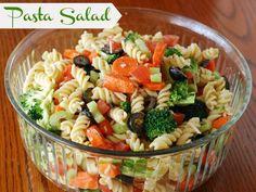 Easy Italian Pasta Salad on MyRecipeMagic.com #pasta #salad #recipe