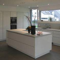 Neubau eines  Einfamilienhauses  mit Garage  50999 Köln: Modern Küche von STRICK  Architekten + Ingenieure