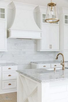Supreme Kitchen Remodeling Choosing Your New Kitchen Countertops Ideas. Mind Blowing Kitchen Remodeling Choosing Your New Kitchen Countertops Ideas. Best Kitchen Countertops, White Kitchen Cabinets, Kitchen And Bath, New Kitchen, Kitchen Ideas, Kitchen White, Country Kitchen, Gray Granite Countertops, Awesome Kitchen