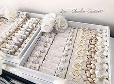 Chocolate Basket, Chocolate Wrapping, Chocolate Favors, Chocolate Packaging, Chocolate Decorations, Sweet Table Wedding, Wedding Table Decorations, Wedding Favors, Wedding Invitations