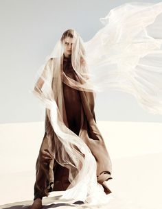 Desolate Desert Editorials : Numéro February 2014