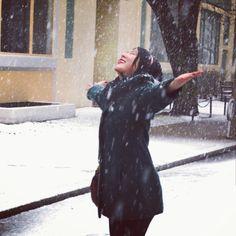 Snow White   #fashion #style #blogger #jcrew #preppy #snow #boston #coach #hunterboots #hunteruniversitystyle