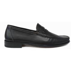 Zapato mocasín con antifaz en color negro de Magnanni vista lateral