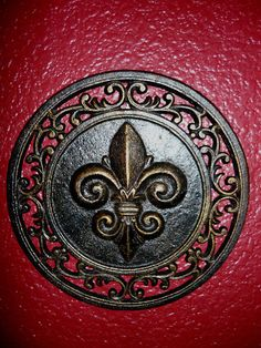 Iron Fleur De Lis Wall Plaque Metal Art Old World Medieval Decor Hand Painted
