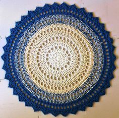 Crochet Mandala Rug Pattern by Marinke Slump Mandala Au Crochet, Mandala Rug, Doily Rug, Mandala Pattern, Crochet Rug Patterns, Crochet Motifs, Crochet Doilies, Crochet Home Decor, Crochet Crafts