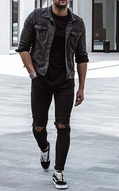 FASH STOP offers a wide range of quality shirts, jeans, jackets, sweater and coats. Black Outfit Men, Black Jeans Men, Vans Outfit Men, Black Outfits, Jean Jacket Outfits, Denim Jacket Men, Stylish Mens Outfits, Male Outfits, Estilo Rock
