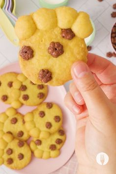 The ultimate lunch box treat has landed! These 4-ingredient cookies are as simple as they are delicious! This easy cookie recipe is great for getting the kids involved in the kitchen, AND we'll show you a cool baking hack if you don't have a rolling pin. We're all about making the best baking recipes as easy as possible! And let's face it: anything is paws-ible with a recipe THIS easy! 😉🐾