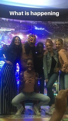 The 'Riverdale' Cast Went to Mexico City & Watched Their First Lucha Libre Wrestling Match! Riverdale Cheryl, Bughead Riverdale, Riverdale Funny, Cast Of Riverdale, Riverdale Series, Riverdale Quotes, Lili Reinhart, Funny Pix, Funny Videos