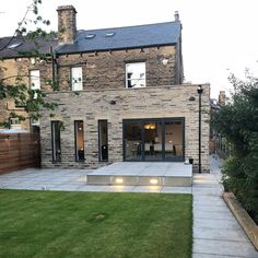 Love Renovate — Architectural glazing inspiration for your rear extension Wraparound Extension, Brick Extension, Single Storey Extension, House Extension Design, Extension Designs, Glass Extension, House Design, Extension Ideas, Kitchen Extension Side Return