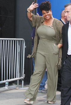 Jill Scott always serving the best plus size fashion! Jill Scott, Oprah Winfrey, Curvy Girl Fashion, Plus Size Fashion, Look Plus Size, My Black Is Beautiful, Beautiful Body, Beautiful Women, Plus Size Beauty