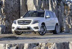 2013-Mercedes-GLK-350-promo-lower-front-angle