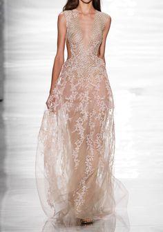 * (Reem Acra Spring/Summer 2015, New York Fashion Week)