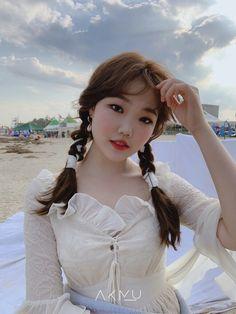 K Pop, Kpop Girl Groups, Kpop Girls, Lee Soo Hyun, Akdong Musician, Female Reference, Kpop Aesthetic, Korean Women, Yg Entertainment