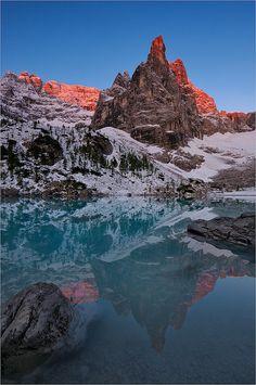 Lake Sorapis, Dolomites, Veneto, Italy