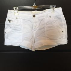 White cotton shorts! White shorts with zipper detail! Super cute and comfy for summer! A stain by one pocket and under label, price reflects! Old Navy Shorts