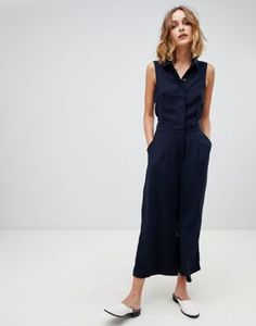 Buy Warehouse tailored button front jumpsuit in navy at ASOS. With free delivery and return options (Ts&Cs apply), online shopping has never been so easy. Get the latest trends with ASOS now. Conservative Work Outfit, Office Outfits, Casual Outfits, Creative Work Outfit, Affordable Work Clothes, Asos, Tailored Jumpsuit, Summer Outfits Women, Overall