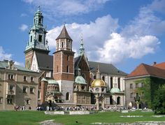 provide you  Polish address and Poland mail forwarding