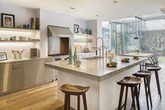 keuken met aanbouw in glas