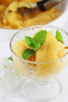 Przepis na sorbet mango Sorbet, Homemade Ice Cream, Mango, No Bake Desserts, I Love Food, Cantaloupe, Frosting, Food And Drink, Cooking Recipes
