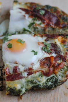 Grilled Breakfast Pizza with Pesto - Hip Foodie Mom @hipfoodiemom1