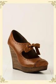 Recess Wedge from franchesca's ($48.00)