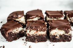 cokoladovo-kokosovy-kolac-7 Tiramisu, Brownies, Food And Drink, Gluten Free, Diet, Baking, Cakes, Basket, Cake Brownies