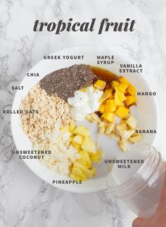Simplify your morning by learning how to make overnight oats! We have 15 easy overnight oatmeal recipes that make for a delicious, nourishing breakfast. Healthy Breakfast Recipes, Healthy Snacks, Healthy Eating, Healthy Recipes, Healthy Breakfasts, Breakfast Smoothies, Clean Eating, Crockpot Recipes, Vegetarian Recipes