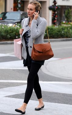 Diane Kruger working leggings & a chunky knit! Love it! Have this in my Look Book Diary!