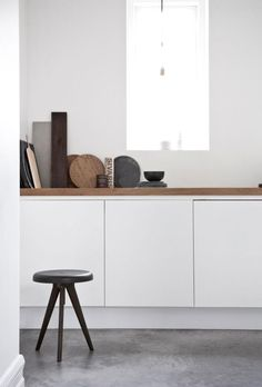 Flip Around table by Norm Architects-A stool and tray table in one. It has a timeless design and it is multi-functional Interior Desing, Interior Inspiration, Garden Inspiration, Interior Ideas, Grey Kitchens, Home Kitchens, Kitchen Interior, Kitchen Decor, Kitchen Styling