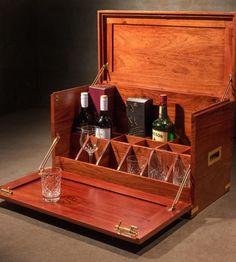 Whiskey Gift Set, Best Gift Baskets, Whisky Bar, Portable Bar, Campaign Furniture, Basement Inspiration, Wash Stand, Bar Gifts, Drinks Cabinet