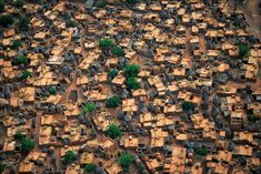 "landscapelifescape: "" Dogon Village, Bandlagara, Mali (click image to see awesome big size) "" Paises Da Africa, West Africa, Places To Travel, Places To Go, City From Above, Switzerland Cities, Vernacular Architecture, Natural Architecture, Ancient Architecture"