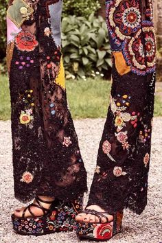 The Flowering of the Hippie Movement Hippie Style, Mode Hippie, Bohemian Mode, Gypsy Style, Boho Gypsy, Hippie Chic, Bohemian Style, Boho Chic, My Style