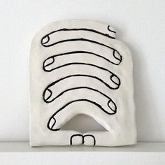 Home Decor Objects Ideas : The Clasp by Tim Lahan Ceramic Clay, Ceramic Pottery, Pottery Pots, Cerámica Ideas, Paperclay, Brainstorm, Oeuvre D'art, Design Art, Art Photography