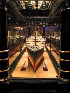 Titanic Branson Interior Titanic 18 ft model