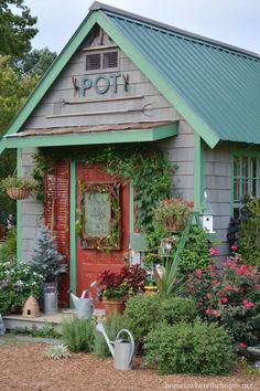 Potting Shed Shed   homeiswheretheboatis.net