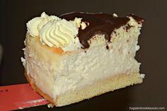 Boston Cream Pie Cheesecake - [sponge cake/cheesecake/pastry cream/chocolate glaze] Extraordinary--and I can do it!